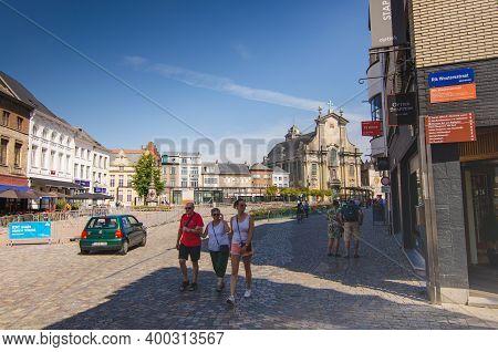 Mechelen, Flanders, Belgium. August 2019. In The Background The Facade Of The Church Of Sint-pieter-
