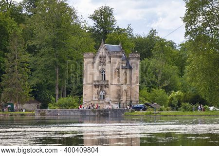Coye-la-foret, France - May 22 2020: The Etangs De Commelles Are Located In The Communes Of Orry-la-