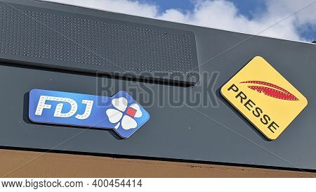 Bordeaux , Aquitaine  France - 20 15 2020 : Fdj Presse And Sign Logo Of France National Lottery Comp
