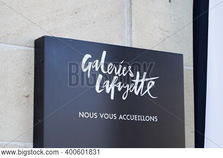 Bordeaux , Aquitaine  France - 20 15 2020 : Galeries Lafayette Logo And Text Sign Of Upmarket French