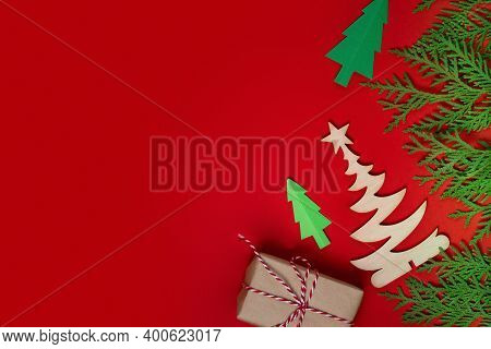 Merry Christmas And Happy New Year Greeting Card. Christmas Background With Xmas Gifts And Green Fir