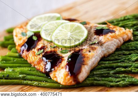 Salmon Fillet With Asparagus, Lime And Balsamic Sauce