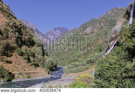 Scenic View Of Nuranang Waterfalls Or Jang Waterfalls (bong Bong Falls), A Popular Tourist Place In