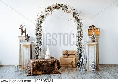 Christmas Decoration Christmas Tree Garlands Toys, Holiday Interior Decor, Light Style White Color