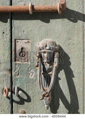 P1020249_Door-1