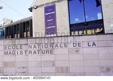 Bordeaux , Aquitaine  France - 12 19 2020 : Enm Ecole Nationale De La Magistrature Text In Building