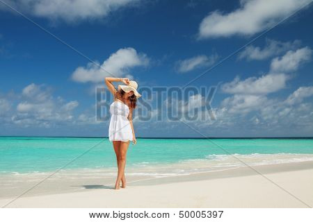 Fashion woman on the beach