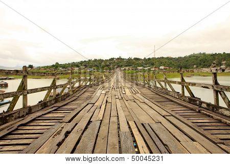 Longest Mon Bridge