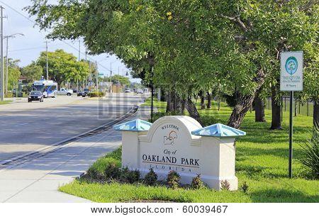Oakland Park, Florida Welcome Sign