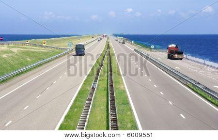 Motorway A7/e22 Netherlands (afsluitdijk)
