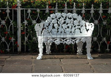White Parkbench