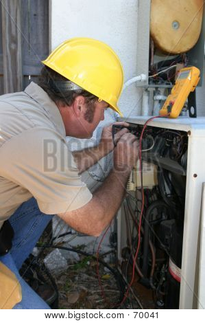 AC Tech Testing Voltage