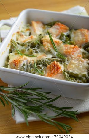 Salmon and green bean gratin