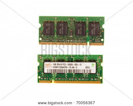 Hayward, CA - August 11, 2014: 1GB memory stick of Hynix PC2 -5300- 555Mhz laptop DRAM