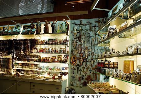 Souvenirs Shop In Rome City On May 31, 2014