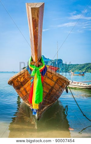 Long Boat And Tropical Beach, Andaman Sea,phi Phi Islands,thailand