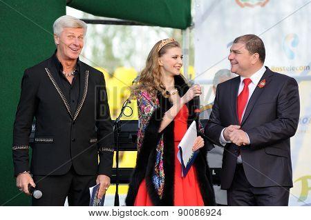 Orel, Russia, May 07, 2015, Victory Guinness Record: Vadim Potomsky, Alexandr Zagorsky