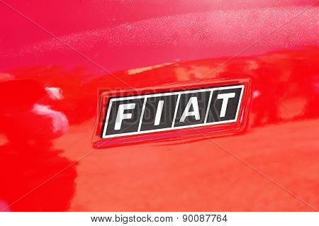 Logo Fiat On The Fiat Fiat 500 A Red