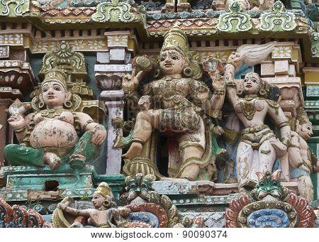 One Dwarapalaka With Two Servants On Gopuram.