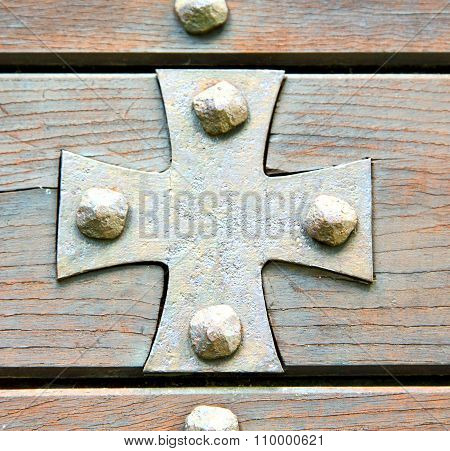 Cross Lombardy  Seprio Abstract    Curch  Closed Wood Italy