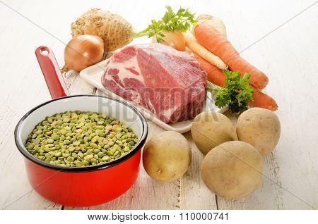 Ingredients To Make Splitt Pea Soup