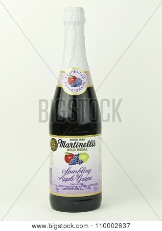 Bottle Of Martinelli's Sparkling Apple And Grape