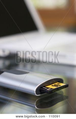 Compact Flash Card Reader