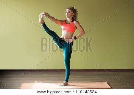 Utthita Hasta Padangushthasana Yoga Pose