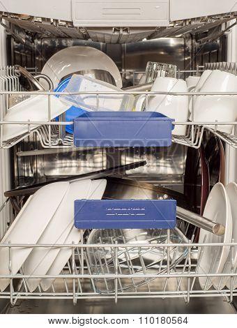 Utensils in dishwasher