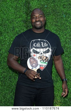 LOS ANGELES - JUL 30:  Marcellus Wiley at the Clayton Kershaw's 3rd Annual Ping Pong 4 Purpose at the Dodger Stadium on July 30, 2015in Los Angeles, CA