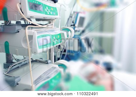 Parenteral Nutrition To Critically Ill Patients