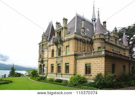 Castle Hunegg. Hilterfingen in the canton of Bern in Switzerland.