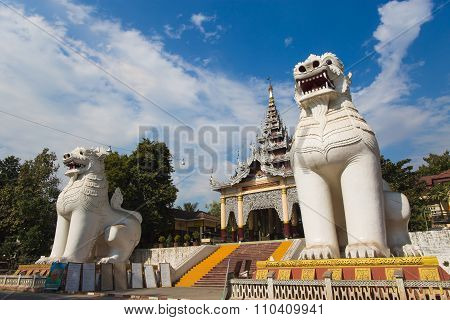 Mandalay Hill Pagoda
