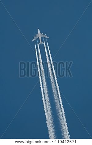 Airplane Contrail