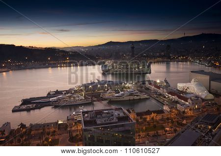 Barcelona, Spain - November 10, 2015: Aerial View Of The Vell Port Of Barcelona With World Trade Cen