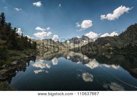 Garnet Lake In The Sierra Nevada Mountains