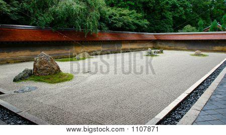 Ryoanji Zen Garden
