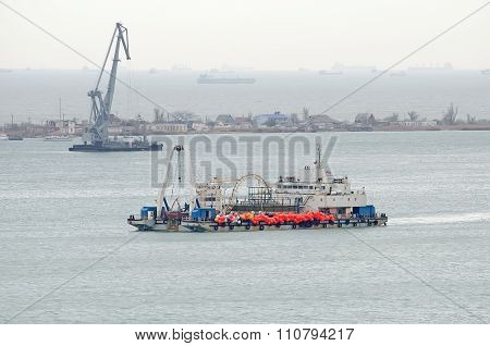 Ship Cable Layer