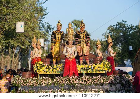 People Parade In Loy Krathong Festival