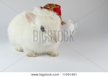 Christmas white metal rabbit