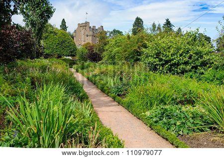 Crathes Castle, Garden And Estate