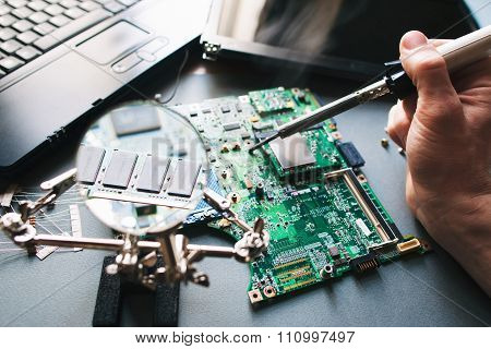 Technician Repair (soldering Iron) Computer (laptop) Motherboard
