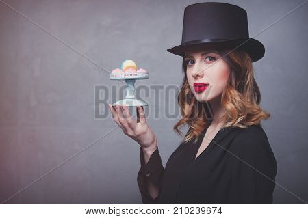 Edhead Girl In Top Hat With Marshmallow