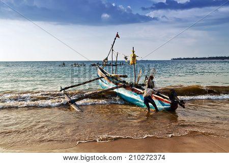 Sri Lanka Fishing Catamaran Fish Boats