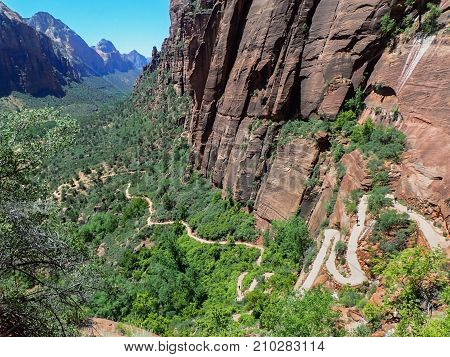 Angels Landing Trail Climbs from Valley Floor Up Cliffside in Zion Park, Utah