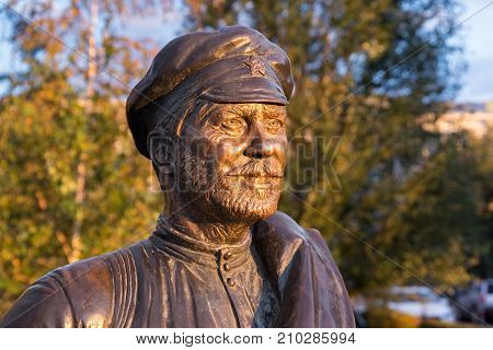 SAMARA, RUSSIA - OCTOBER 12, 2016: Sculpture of the Comrade Sukhov the main character of the popular soviet movie The White Sun of the Desert. The monument was istalled in 2012 near Volga river.