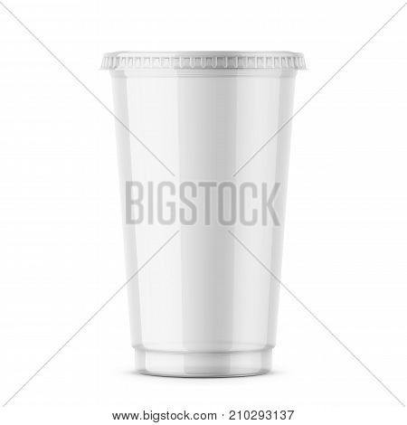 Empty clear plastic disposable cup with lid for cold beverage -soda, ice tea or coffee, cocktail, milkshake, juice. 450 ml. Realistic packaging mockup template. Front view. Vector illustration.