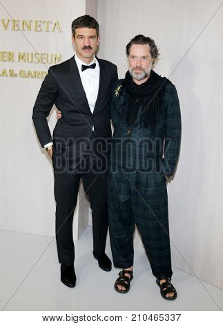 Jorn Weisbrodt and Rufus Wainwright at the Hammer Museum Gala In The Garden held at the Hammer Museum in Westwood, USA on October 14, 2017.