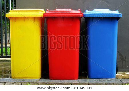 Colourful recycle bin