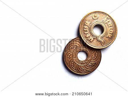 Thailand Satang 1939 THAILAND 0.01 thai bath Bronze Exotic Vintage Coin. The Antique Coins round with a hole. This Thai Antique Coin in Rama VIII King.